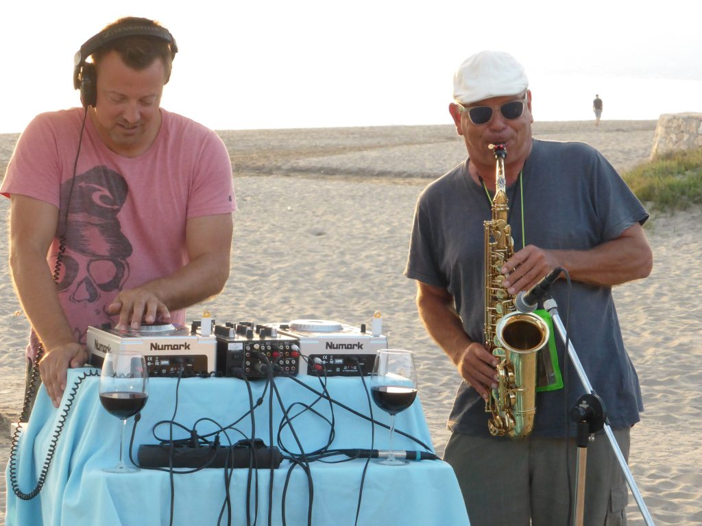 Playing on Sirokko Beach, Costabella